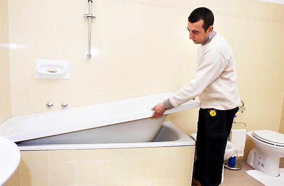 способ реставрации старых ванн - акриловый вкладыш